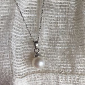 Freshwater Pearl Necklacce